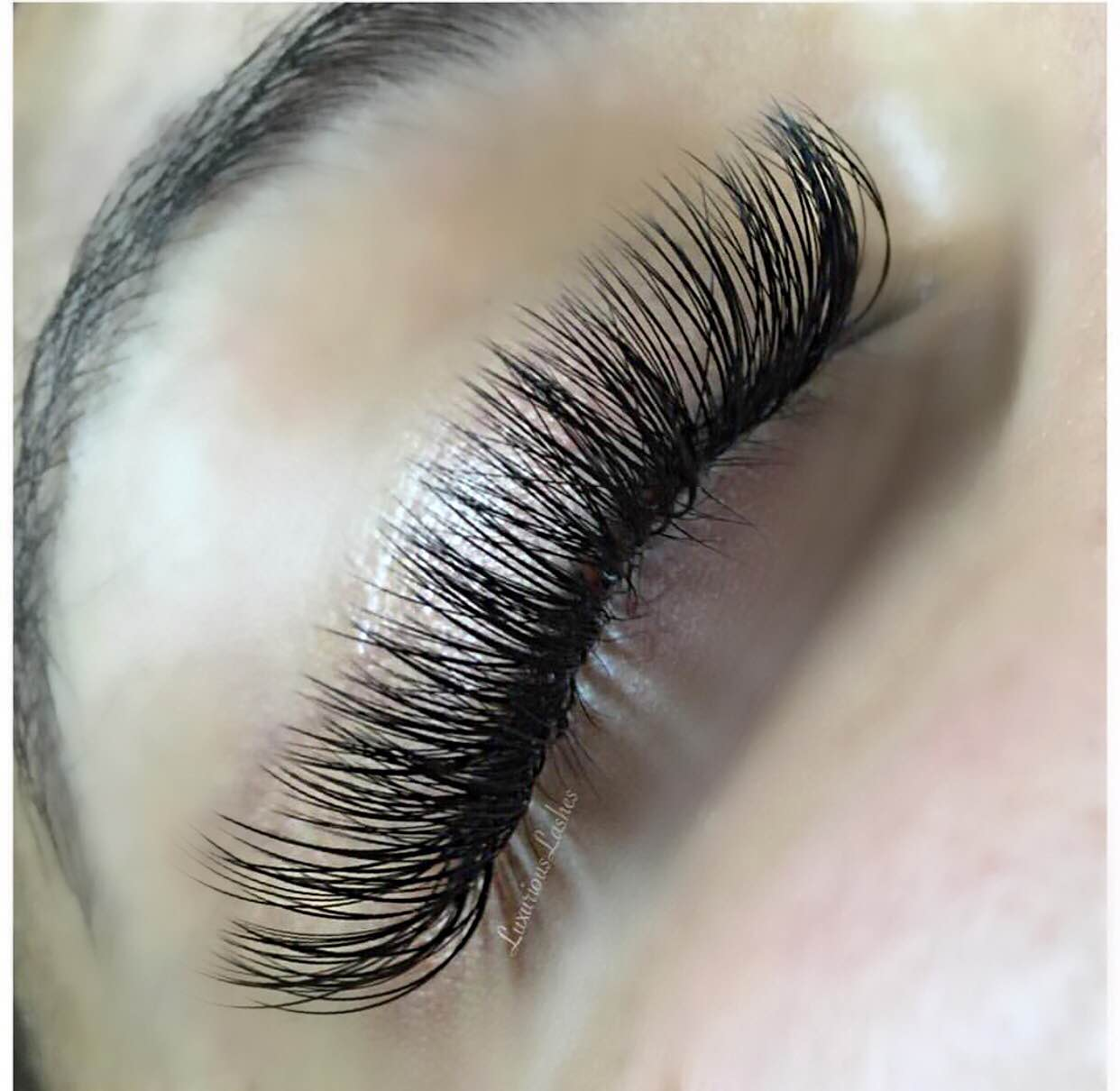 7803191640a So you got eyelash extensions and you're feeling like a queen.