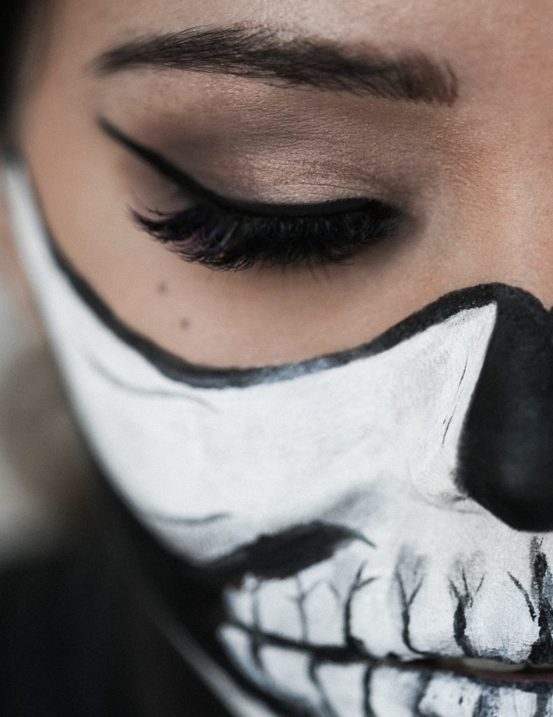Woman Skull Halloween Makeup